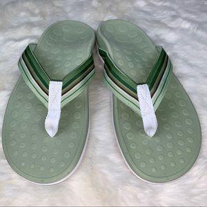 Orthaheel Island Green Flip Flops Sandals